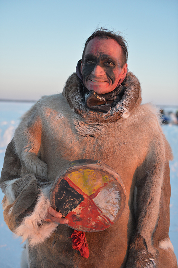Gwich'in ultrarunner Brad 'Caribou Legs' Firth holds a Medicine Wheel after completing a 200-kilometre run across Great Slave Lake in the Northwest Territories. Mr. Firth undertook the run in part to highlight the work of Canadian Rangers, who patrol Canada's most remote areas. Rangers from the Hay River Patrol guided Mr. Firth on his journey and provided food and shelter at the end of each day. Photo: Captain Steve Watton, 1 Canadian Ranger Patrol Group. ©2017 DND/MDN Canada.