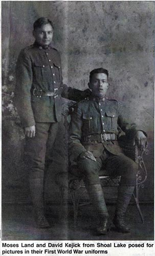 Private David Kejick (standing) and his friend Moses Land. Photo: Uploaded in 2013 by Kenora Great War Project, courtesy of Kenora Miner and News Archives.