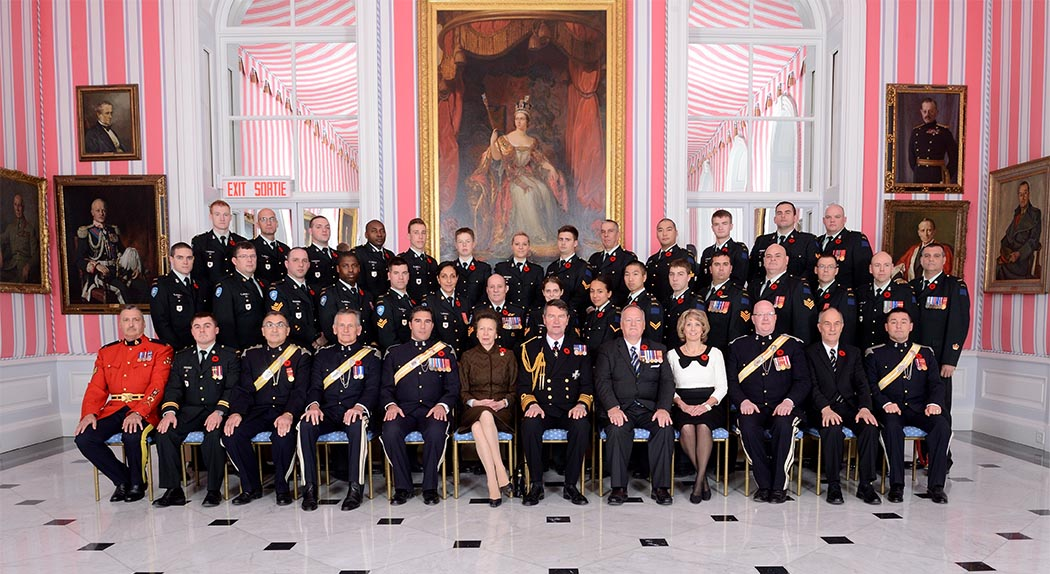 Her Royal Highness The Princess Royal, the Colonel-in-Chief of The Royal Canadian Hussars (Montreal), with members of the Regiment in Rideau Hall's famed Tent Room in Ottawa, Ontario on Remembrance Day 2014. Photo: ©Office of the Secretary to the Governor General.
