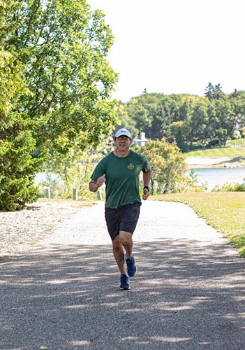 Chief Warrant Officer Joel Pedersen is participating in the 2019 Canada Army Run