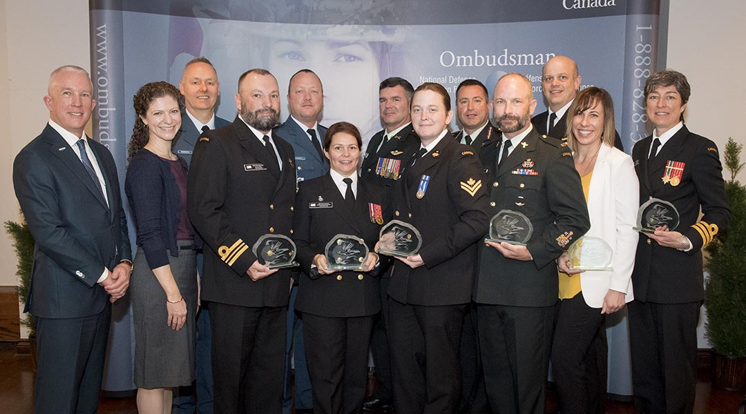 2019 Liz Hoffman Memorial Commendation recipients and special guests at the presentation on October 17th. Photo: Corporal Tori Lake, Canadian Forces Support Unit (Ottawa) Imaging Services © 2019 DND-MDN Canada.