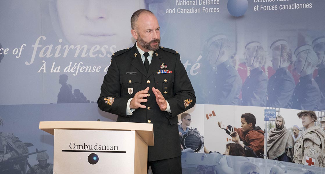 Chief Warrant Officer David Ridley remarks on importance of diversity and inclusion as a recipient of the Liz Hoffman Memorial Commendation. Photo: Corporal Tori Lake, Canadian Forces Support Unit (Ottawa) Imaging Services © 2019 DND-MDN Canada.
