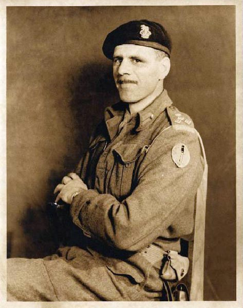 Mona married Major-General Harry Foster in 1959. Foster died in 1964 of cancer. Provided by Library Archives Canada